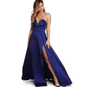 Windsor Floor-Length Gown